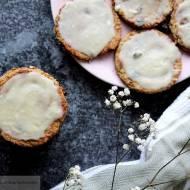 Kokosowe ciastka owsiane z białą czekoladą