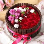 Tort urodzinowy malinowo-jagodowy