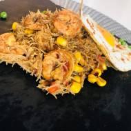 Przepisy kulinarne - Makaron z krewetkami po chińsku + Jajko sadzone - Azjatycki obiad w 30 minut