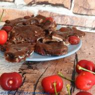 Domowa czekolada z czereśniami