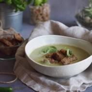 Kremowa zupa kokosowa z cukinią i szpinakiem / Zucchini and spinach coconut soup
