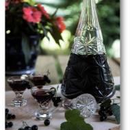 Nalewka z czarnych porzeczek – smorodinówka