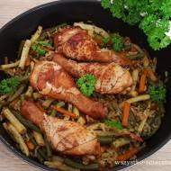 Aromatyczne pałki kurczaka z fasolką szparagową
