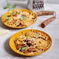 Makaron z chorizo i pomidorami suszonymi