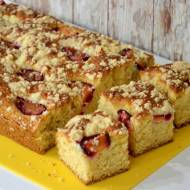 Topielec - szybkie ciasto ze śliwkami
