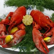 Wokół stołu – jak to ugryźć – raki, owoce morza, kawior