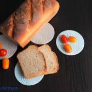 4 składnikowy chleb pszenny na drożdżach
