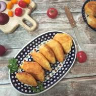 Czebureki – smażone pierogi z nadzieniem ruskim i suszonymi pomidorami