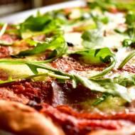 Pizza Margherita z salami i rukolą + filmik