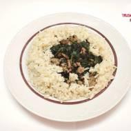 Mięso mielone z indyka z ryżem parabolicznym i szpinakiem