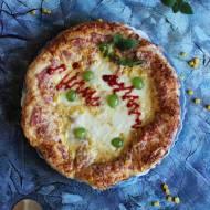 Pizza z winogronami i mozzarellą