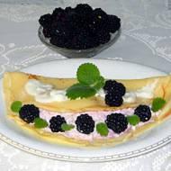 Naleśniki z serem i jeżynami