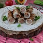 Grillowane roladki z kiełbaskami