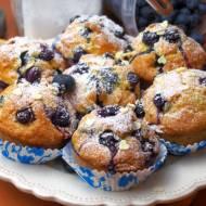 Jogurtowo-cytrynowe muffinki z borówkami