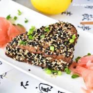 Tuńczyk w sezamie