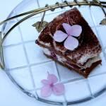 Ciasto kakaowe z malinami w kremie