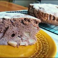 Czekoladowe ciasto gryczane z gruszkami