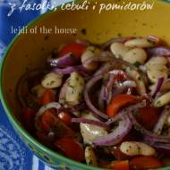 Piyaz - turecka sałatka z fasolki i pomidorów...