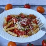 Makaron z sosem ze świeżych pomidorów
