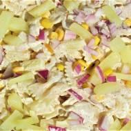 Sałatka kurczakowa z ananasem