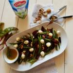 Sałatka z fasolki szparagowej, pieczonego buraka i mozzarelli