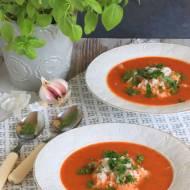 Zupa pomidorowo-bazyliowa z ryżem