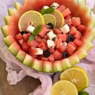 Sałatka arbuzowa z fetą i oliwkami