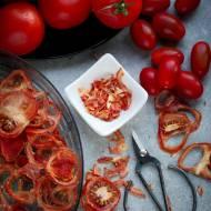 Domowe Suszone pomidory w płatkach - przepis