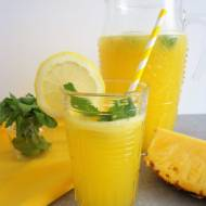 Ananasowa lemoniada (Limonata all'ananas)
