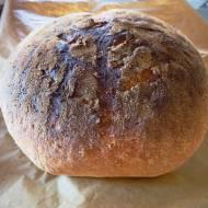 Tradycyjny biały chleb pszenny- tylko 4 składniki!