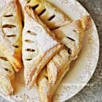 Rożki z Ciasta Francuskiego z Krówką Bananem i Jabłkiem