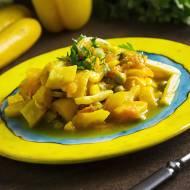 Słoneczne leczo z odrobiną curry oraz świeżą kukurydzą i zielonym groszkiem