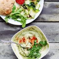 Domowy hummus z ciecierzycy – jak przygotować i jeść hummus