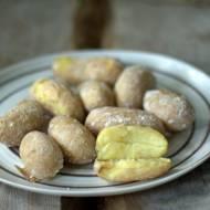 Marszczone ziemniaki - ziemniaki gotowane w soli