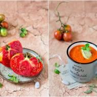 Krem pomidorowy z musem awokado / Tomato cream with avocado mousse