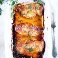 Piersi kurczaka z sosem sriracha