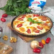 Tarta z kurkami, pomidorami i mozzarellą