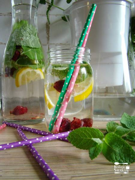 Pijcie wodę bo zdrowia Wam doda!