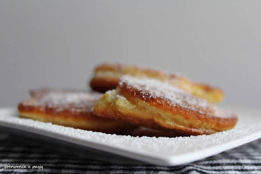 placuszki z mąki z ciecierzycy