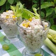 Sałatka ryżowa z tuńczykiem i selerem naciowym