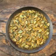 paella de marisco (paella z owocami morza)