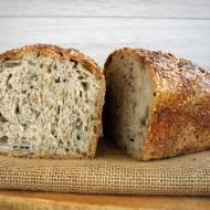 Chleb z kleikiem z płatków żytnich i sezamem