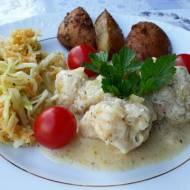 Pieczone ziemniaki z kalafiorem w sosie