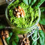 Pesto szpinakowe z orzechami włoskimi