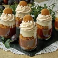 Śliwkowy deser z pierniczkami i czekoladą