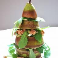 Gruszka grillowana z dodatkiem rukoli, sera i orzechów, polana orzeźwiającym, miodowo-bazyliowym dressingiem