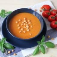 Zupa pomidorowo-cukiniowa z nutką bazylii