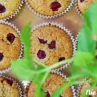 Owsiane muffinki z malinami