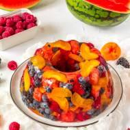 Terrina na cydrze z owocami lata