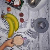 Owocowy koktajl na mleczku kokosowym